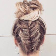 upside down fishtail braided bun #BraidedHairstyles