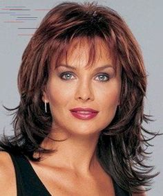 Long Layered Haircuts Over 50 In 2020 125 Cute Hairstyles for Women Over 50 Medium Length Hair With Layers, Medium Hair Cuts, Medium Hair Styles, Curly Hair Styles, Layered Haircuts For Women, Short Hairstyles For Women, Straight Hairstyles, Layered Hairstyles, Simple Hairstyles