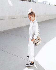 AYR white jumpsuit (similar here) MAHARAM white leather market bag VANS old  skool (or here) CÉLINE knot bracelet (or here)             7884cecbd