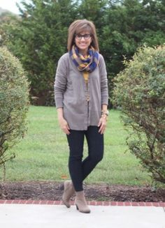 Cyndi of Walking in Grace and Beauty in the Laura Retro Reader
