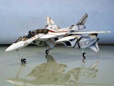 Spaceship Art, Spaceship Design, Spaceship Concept, Robot Concept Art, Concept Ships, Concept Cars, Macross Valkyrie, Robotech Macross, Air Fighter