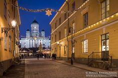 Hyvää joulua! Merry Christmas! #Sofiankatu #ChristmasMarket #TuomaanMarkkinat  - Mikael Rantalainen (@FinnishViews) | Twitter Landscape Prints, Event Photography, Helsinki, Finland, Around The Worlds, Fine Art, Twitter, Visual Arts