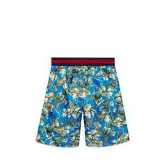 Gucci Cruise 2016 Children's floral print swim boxer Boy Fashion, Fashion Design, Boy Blue, Girls Shopping, Patterned Shorts, Kids Boys, Boxer, Cruise, Girl Outfits