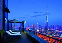 Shangri-La Hotel of Dubai gives you probably the most beautiful view of Burj Khalifa.