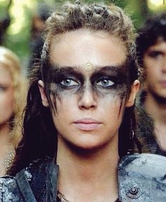 Alycia as Commander Lexa/Heda. Lexa The 100, The 100 Clexa, Hallowen Schminke, Krieger Make-up, Viking Makeup, Warrior Makeup, Tribal Makeup, Lexa Y Clarke, The 100 Show