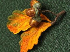 embroidery/felt project, likely containing wire and. Needle Felted, Nuno Felting, Felt Leaves, Oak Leaves, Leaf Template, Wool Art, Felt Brooch, Brooches Handmade, Wool Applique