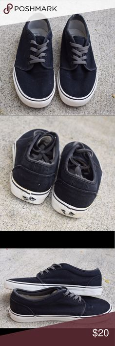 Mens Vans || 106™ Vulcanized || black, size 11 Pre-loved but still in great shape! Black with gray accents. A little wear on the heel. No trades! Vans Shoes Sneakers