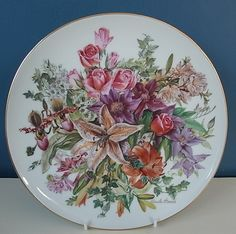 """LOVELY HUTSCHENREUTHER LIMITED EDITION PLATE """"GRANDE FINALE '91"""" By URSULA BAND 