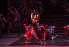 Zorba, el griego. Ballet de Santiago. Marina: Montserrat López. Foto: Patricio Melo