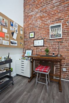 Jeanetta & Brian's Incredible Shared Space — Creative Workspace Tour | Apartment Therapy