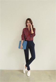 Gorgeous Clothes for korean fashion outfits 310 Gorgeous Clothing for Korean Fashion Outfits 310 # Korean Fashion Outfits # Street # Fashion Casual Work Outfits, Mode Outfits, Simple Outfits, Trendy Outfits, Fashion Outfits, Fashion Ideas, Trendy Clothing, Casual Korean Outfits, Fashion Styles