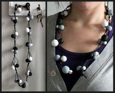 Kädenjälkiä - handmade by Eva: Puuhelmet Hobbies And Crafts, Diy And Crafts, Diy Jewelry, Jewelry Making, Wooden Beads, Pearl Necklace, Helmet, Pearls, Handmade