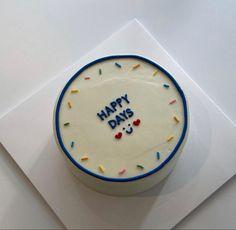 Pretty Birthday Cakes, Pretty Cakes, Cake Birthday, Tortas Deli, Simple Cake Designs, Korean Cake, Pastel Cakes, Cute Baking, Cute Desserts