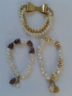 Pulseras de perlas cultivadas.