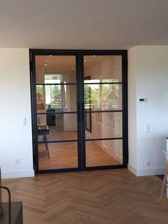 Afbeeldingsresultaat voor Austria Binnendeur Nero Legno Interior, Home, Ensuite, New Homes, Doors Interior, Modern Interior Design, Interior Design, Modern Interior, Home And Living