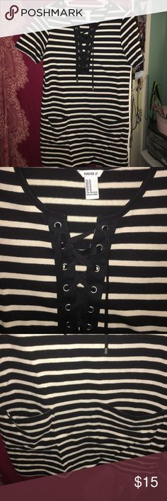 Forever 21 striped lace up dress Forever 21 striped lace up dress. Worn twice. Really comfortable material! Forever 21 Dresses Mini