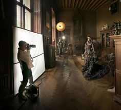Happy new year! I'm pleased to announce that the Miss Aniela Fashion Shoot Experience from now on has a new lighting collaborator. I am now a Broncolor Ambassador! To kick off our new excitin…