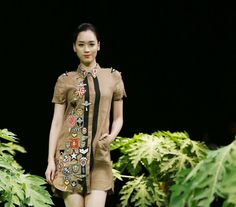 Vietnam Fashion Week SS17 - Ready to wear.        Designer: Cong Huan   Photo: Cao Duy