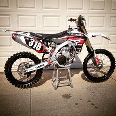 Yamaha Motocross, Motorcycle Bike, Mx Bikes, Dirtbikes, Bike Stuff, Vehicles, Motorbikes, Mtb Bike, Dirt Biking
