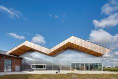 Vorig jaar is het vernieuwde en sterk uitgebreide onderzoeks- en kenniscentrum Dairy Campus in Leeuwarden in gebruik genomen