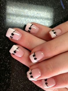 Nails with design