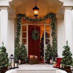 CHEZ SOI | Les plus belles maison de Noël #deco #Noel #maison ©Pier 1 Imports