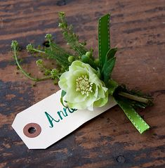 DIY St. Patrick's Day Floral Pin #diy #floral #stpatricks