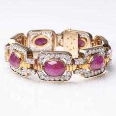 Hochkarätiges Rubin-Brillant-Armband 14 kt. GG mit WG, gest., 'A.C'. Farbintensiver Besatz mit 7 Ru — Schmuck & Armbanduhren
