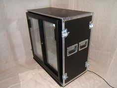 second-hand-mobile-bar-flight-cases-for-bar-fridges-518.JPG 802×602 píxeles