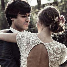Otaduy dress www.catalinaweddingco.com