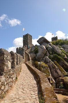Castelo dos Mouros, Sintra, Portugal   Mais Portugal - Google+