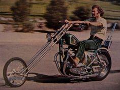 Chopper Galleries - On the Road. Classic Bikes, Classic Cars, Old Scool, Old School Vans, Motorcycle Posters, Harley Davidson Chopper, Chopper Bike, Easy Rider, Bike Art