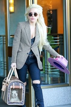 Lady Gaga Photos - Singer and actress Lady Gaga is seen out and about in New York City, New York on November - Lady Gaga Goes Out in NYC Fotos Lady Gaga, Lady Gaga Pictures, Lady Gaga Outfits, Lady Gaga Fashion, Joanne Lady Gaga, Lady Gaga Costume, Grunge, Punk, Looks Black