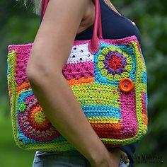 Ravelry: Crazy rainbow bag pattern by Vendula Maderska Free Crochet Bag, Crochet Tote, Crochet Handbags, Crochet Purses, Bead Crochet, Hippie Crochet, Crochet Girls, Owl Crochet Patterns, Crochet Stitches