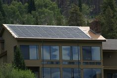 5 Reasons Why Companies Are Going Green With Photovoltaic Panel Installations – Best Solar Panels Thin Film Solar Panels, Cheap Solar Panels, Solar Energy Panels, Best Solar Panels, Uses Of Solar Energy, Solar Power Energy, Solar Panel Shingles, Solar Roof Tiles, Solar Installation