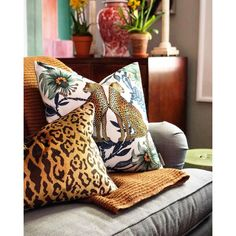 Shop the Ardmore Silk Floral Throw Pillow at Perigold, home to the design world's best furnishings for every style and space. Floral Throws, Floral Throw Pillows, Blue Pillows, Decorative Throw Pillows, Leopard Bedroom, Living Room Plants, Pillow Reviews, Pillow Room, Cushion Pads