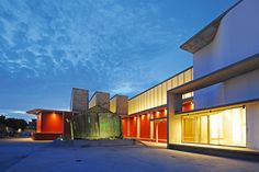 Red Location gallery by Noero Architects // Port Elizabeth, South Africa.