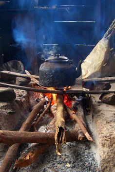 Boiling coffee in the Blue Mountains, Jamaica