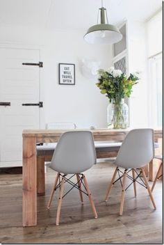 chaises Eames DSW, coloris gris
