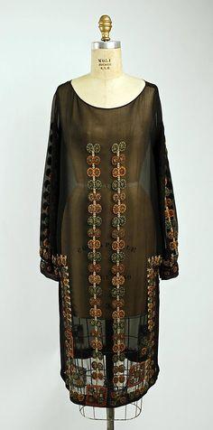 Evening dress Date: ca. 1927 Culture: Italian Medium: silk, metallic thread, glass Dimensions: Length at CB: 38 in. (96.5 cm) Credit Line: G...