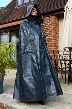 Rain Cape, Rubber Raincoats, Cape Coat, Rain Wear, Cloak, Black Rubber, Hamilton, Hoods, Capes