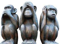 El Ministerio de Hacienda cambia su emblema por los Tres Monos sabios Nikko, Bank Of American, Monkey Statue, Garden Sculpture, Lion Sculpture, Three Wise Monkeys, See No Evil, Sculptures, Outdoor Decor