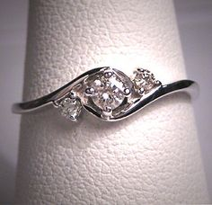 Vintage Diamond Wedding Ring Band 14K White by AawsombleiJewelry, $695.00