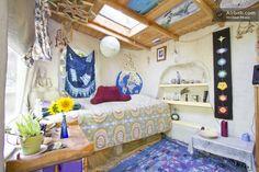 "Adorable intimate earthen ""cob""room in Santa Cruz.  $65 per night"