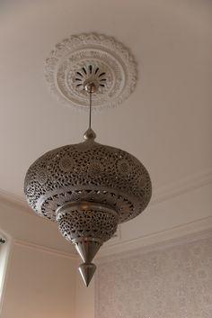 arabian touch in a very european flat
