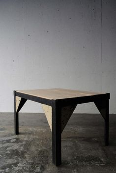FRENCH INDUSTRIAL LOW TABLE -N4-