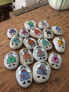Painting stones 🎀 (without instructions) ・ ☆ ・ 𝔤𝔢𝔣𝔲𝔫𝔡𝔢𝔫 . it yourself aufbewahrung garten kleidung kosmetik wohnen it yourself clothes it yourself home decor it yourself projects Stone Crafts, Rock Crafts, Diy And Crafts, Crafts For Kids, Arts And Crafts, Pebble Painting, Pebble Art, Stone Painting, Rock Painting Patterns