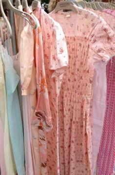 ❥ pink vintage dresses