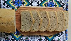 Pâine keto din făină mix de fibre fără carbohidrați – Rețete LCHF Real Foods, Real Food Recipes, Fiber Foods, Fibre, Diet And Nutrition, Lchf, Banana Bread, Low Carb, Fat