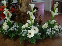 Grouping of small designs which could be transported to reception and then gifted to special guests Church Wedding Flowers, Altar Flowers, Funeral Flowers, Big Flowers, Pretty Flowers, White Flowers, Funeral Floral Arrangements, Church Flower Arrangements, Church Altar Decorations
